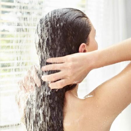Figurine Catch the Penguin...